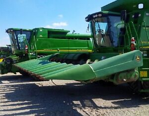 2005 John Deere 1092 12 Row Corn Head
