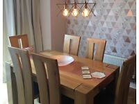 Gorgeous solid oak dining table and 6 chairs