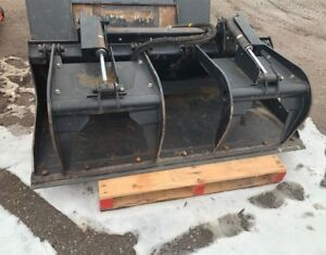 2011 John Deere GS72 grapple bucket  skid steer mo