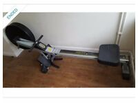 Rowing machine / gym equipment
