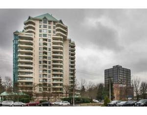 8B 328 TAYLOR WAY West Vancouver, British Columbia