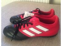 BNWT Red/Black adidas Ace 17.4 Football Trainers, size 8.5