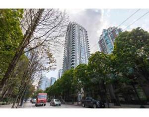 3205 928 RICHARDS STREET Vancouver, British Columbia