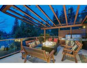 3554 GLENVIEW CRESCENT North Vancouver, British Columbia