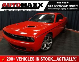2016 Dodge Challenger SXT Plus! w/Leather/Sunroof!