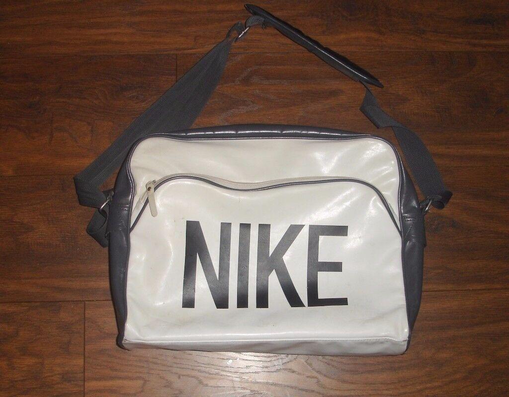 38b2f73aef Nike Mens Women s Heritage AD Laptop Messenger Shoulder Bag white !!