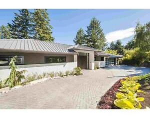 3954 BAYRIDGE COURT West Vancouver, British Columbia