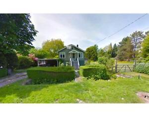 7083 BALACLAVA STREET Vancouver, British Columbia