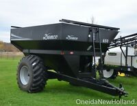 New Demco 650 Grain Cart