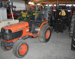 Kubota B7510 Tractor