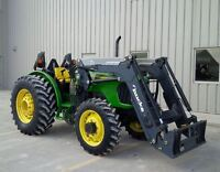 2005 John Deere 5425 4WD Utility Tractor with Loader