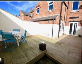 Beautiful large room available in house share. All bills included. Available to view.