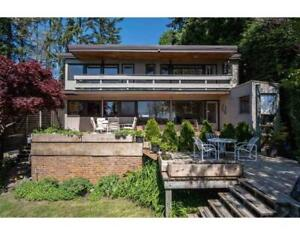 1130 MATHERS AVENUE West Vancouver, British Columbia