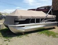 2015 Princecraft Vectra 21 Pontoon Boat