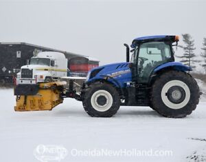 New Holland T6.145 w. Metal Pless snow plow