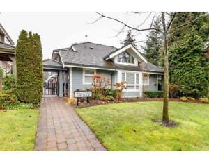 3 227 E 11TH STREET North Vancouver, British Columbia