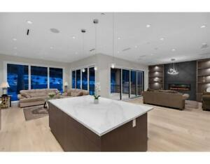 31 GLENMORE DRIVE West Vancouver, British Columbia