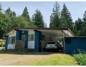 1060 KEITH ROAD Gibsons, British Columbia