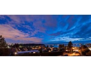 1247 KEITH ROAD West Vancouver, British Columbia