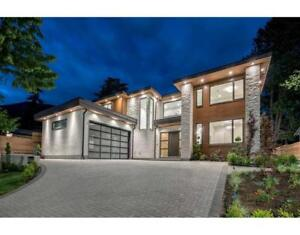 4306 HIGHLAND BOULEVARD North Vancouver, British Columbia