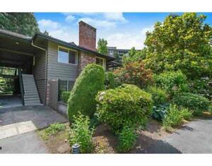 211 235 KEITH ROAD West Vancouver, British Columbia