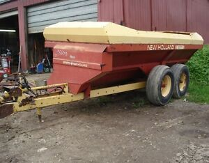 New Holland 307 Manure Spreader