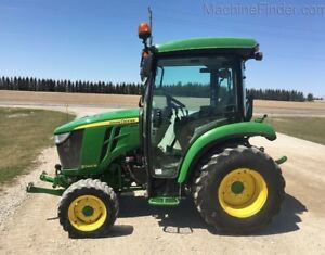 2016 John Deere 3046R Compact Utility Tractor
