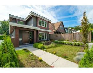 1415 HAROLD ROAD North Vancouver, British Columbia