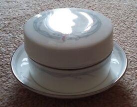 Royal Doulton Carnation Tableware Trinket Box