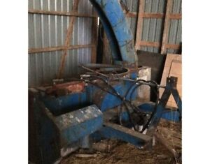 2005 LUCKNOW 7 FOOT DOUBLE AUGER SNOW BLOWER