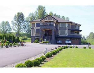 690 PRAIRIE AVENUE Port Coquitlam, British Columbia
