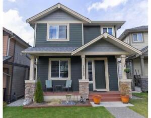 10559 ROBERTSON STREET Maple Ridge, British Columbia