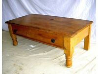 DINING / LIVING / SHABBY CHIC COFFEE TABLE ANTIQUE PINE TURNED FRONT LEGS