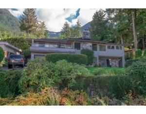 75 Seaview Place Lions Bay British Columbia