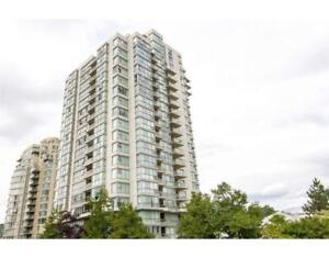 904 235 GUILDFORD WAY Port Moody, British Columbia
