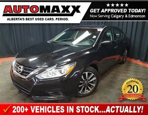 2016 Nissan Altima 2.5 SV w/Sunroof!