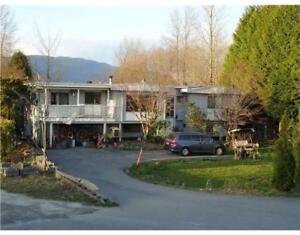1131 DOMINION AVENUE Port Coquitlam, British Columbia
