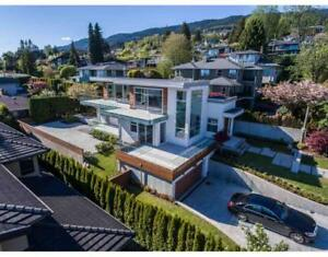 1715 22ND STREET West Vancouver, British Columbia