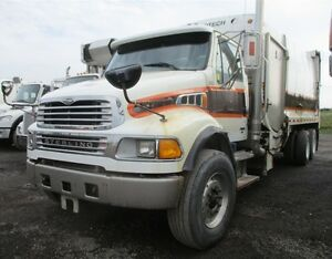 2005, Sterling Acterra T/A Garbage Truck