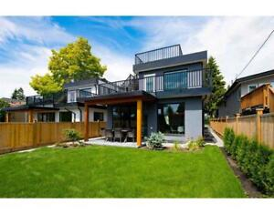 543 W 21ST STREET North Vancouver, British Columbia