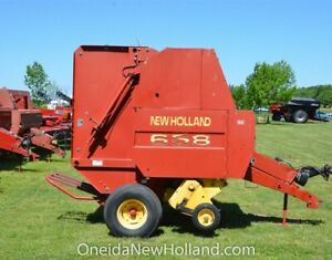 New Holland 658 Round Baler