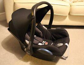 Maxi-cosi Cabrio fix seat, rain cover, mirror, Diono seat support
