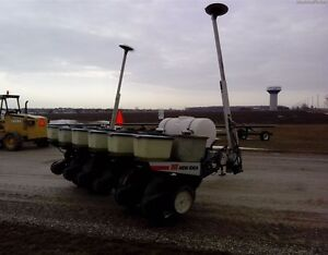 New Idea 9300 Planter Kitchener / Waterloo Kitchener Area image 3