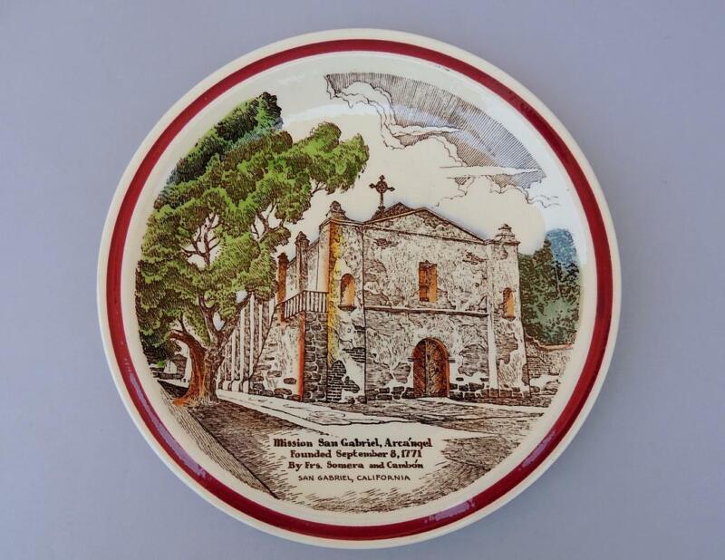Vernon Kilns California Pottery Mission San Gabriel Arca