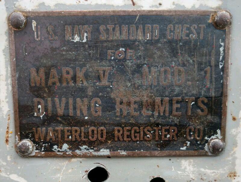 U.S. Navy Standard Chest For Mod. 1 Mark V Diving Helmets Waterloo Registered...