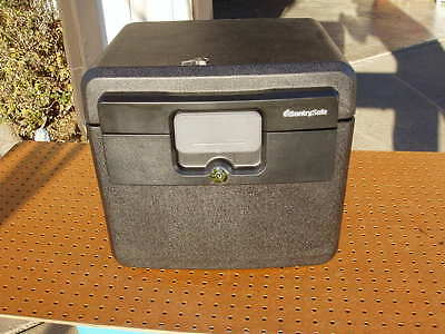 SENTRY FILE KEY SAFE HD4100 0.65cf DOCUMENT WATERPROOF FIRE USA EXCELLENT (Excel Fire File)