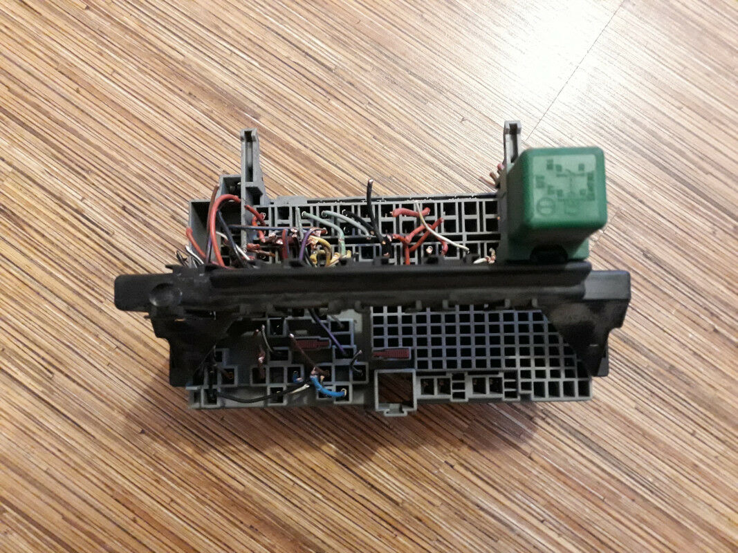 Used Opel Car And Truck Parts For Sale Page 54 Astra Fuse Box F 1996 With Relay 90240665 90069864 90240092 90055543