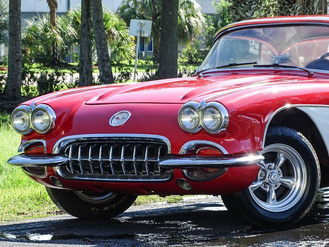 1959 Red Chevrolet Corvette Convertible  | C1 Corvette Photo 4