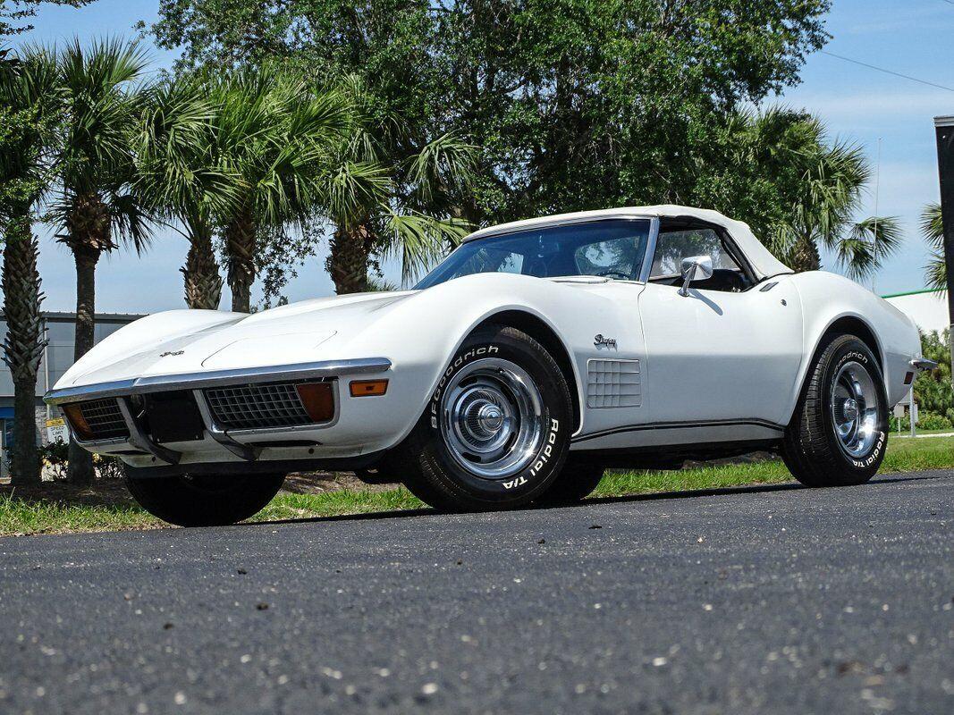 1972 White Chevrolet Corvette Convertible  | C3 Corvette Photo 3
