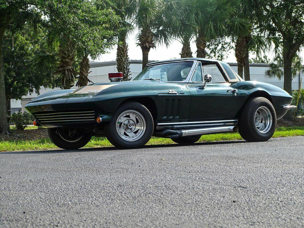 1965 Green Chevrolet Corvette Convertible  | C2 Corvette Photo 4